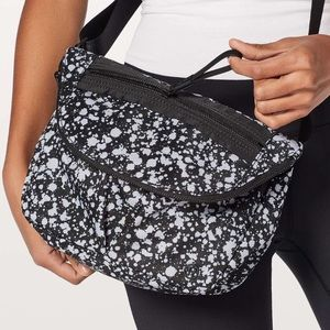 Lululemon Festival Bag Bleached Starlight Black!